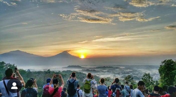 Sunrise Borobudur Tour - Bukit Punthuk Setumbu