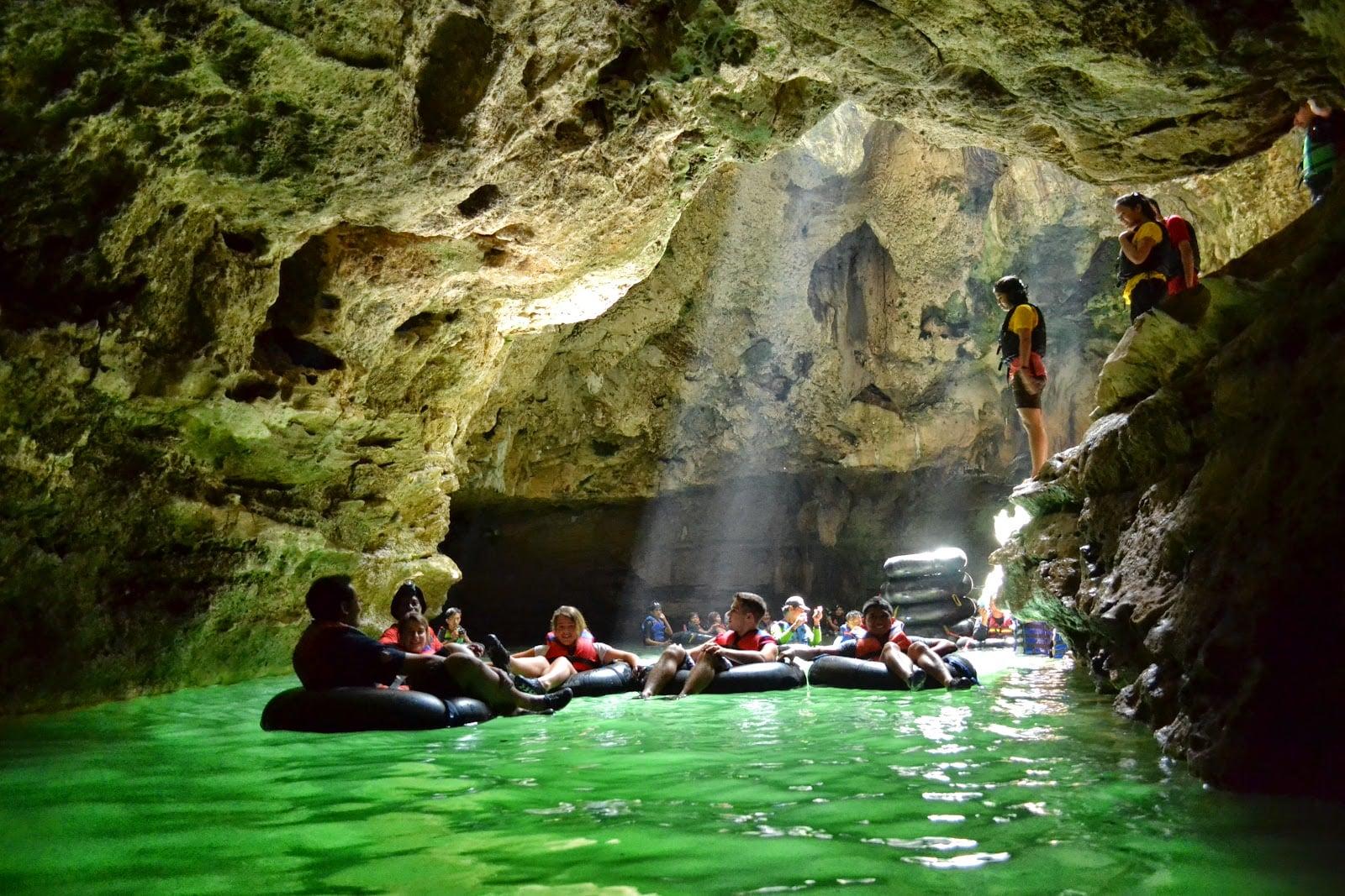 Tempat Wisata Goa Pindul di Gunungkidul